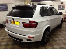 bmw-x5-matte-satin-white-wrap