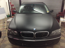 BMW730-Matte-Black-Vinyl-Wrap