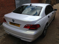 BMW-7Series-Pearl-Metallic-White-Wrap