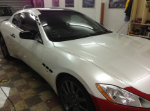 Maserati-wrapping-pearl-white-progress