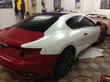 Maserati-wrapping-white-from-red