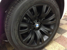 BMW-X5-Black-Alloys