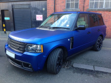 Range-Rover-Wrapped-matte-Metallic-Blue