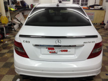 Mercedes-C63-AMG-Wrapping-White
