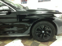 Black-Alloys-Spray-BMW-GT