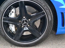 C63-AMG-Gloss-Black-Alloys