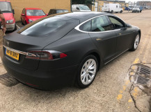 Tesla-car-wrapping-London