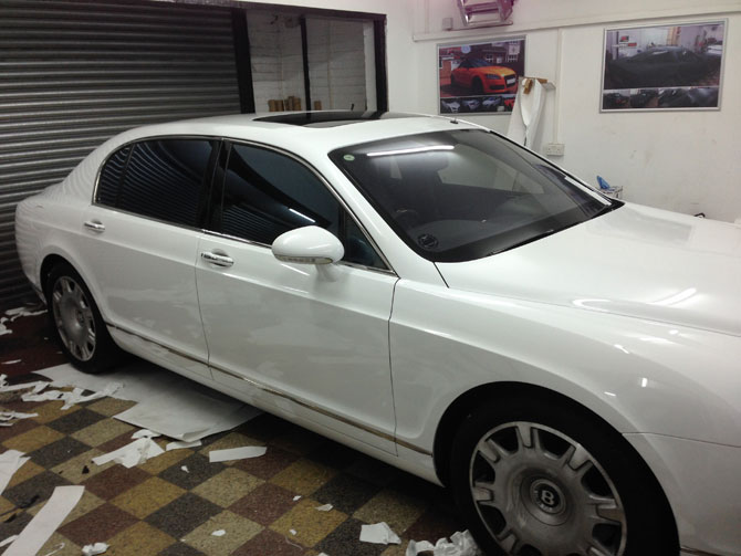 White Vinyl Wrap Bentley
