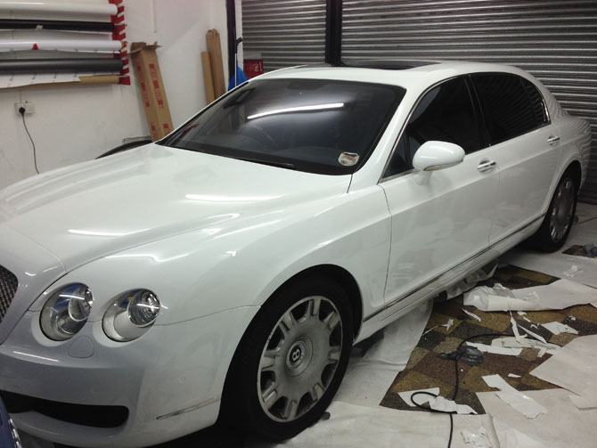 Bentley Flying Spur Wrapped White
