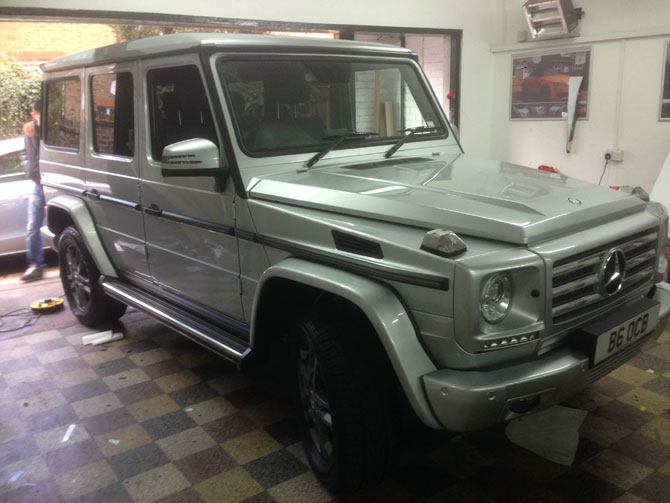 mercedes g class matte black wrapping london. Black Bedroom Furniture Sets. Home Design Ideas