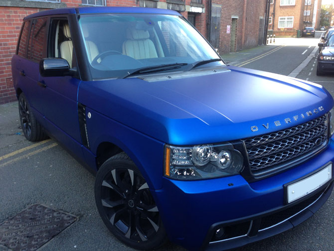 Range Rover Vogue Vinyl Wrap Matte Metallic Blue - London
