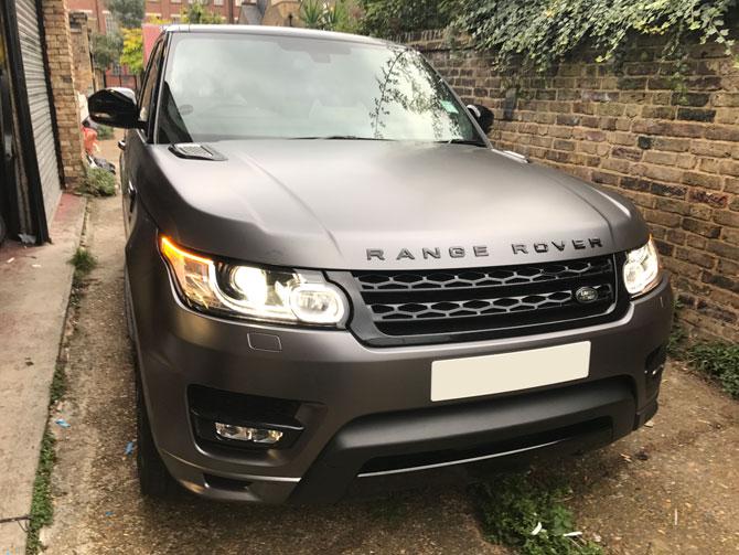 Range Rover Vinyl Wrap In 3m Matte Dark Grey Wrap