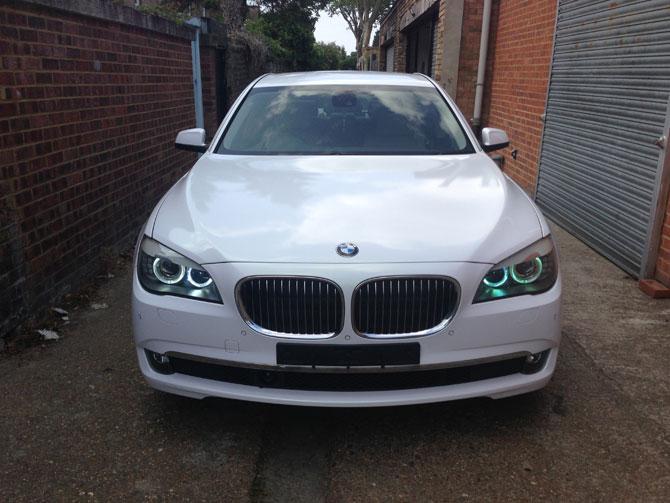BMW 740 Pearl WHite Wrap