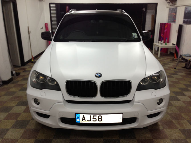 BMW X5 wrapped matte satin white