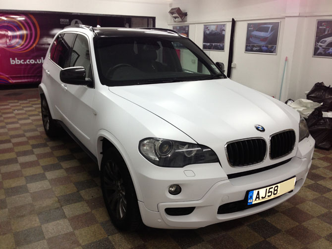 bmw x5 matte white wrapping