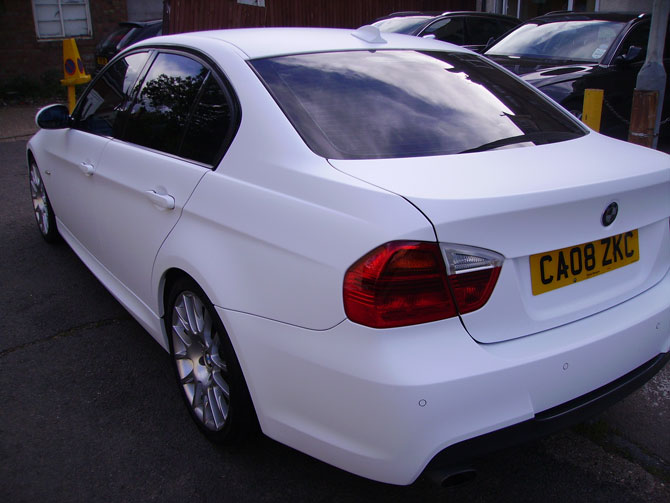 bmw-matte-white-wrapping-cars
