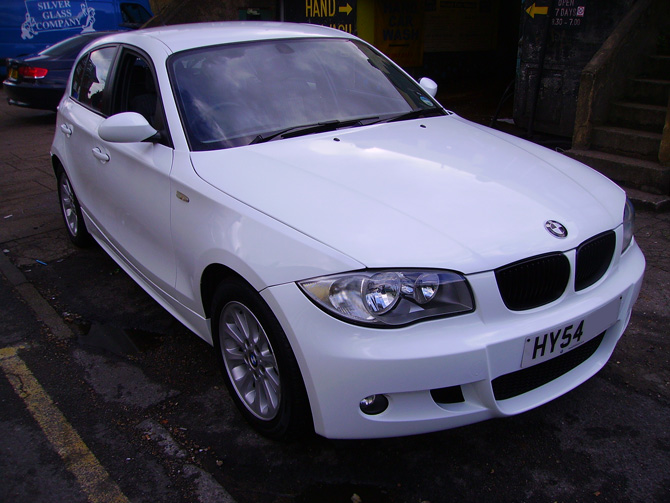 BMW 118 Gloss White Wrap