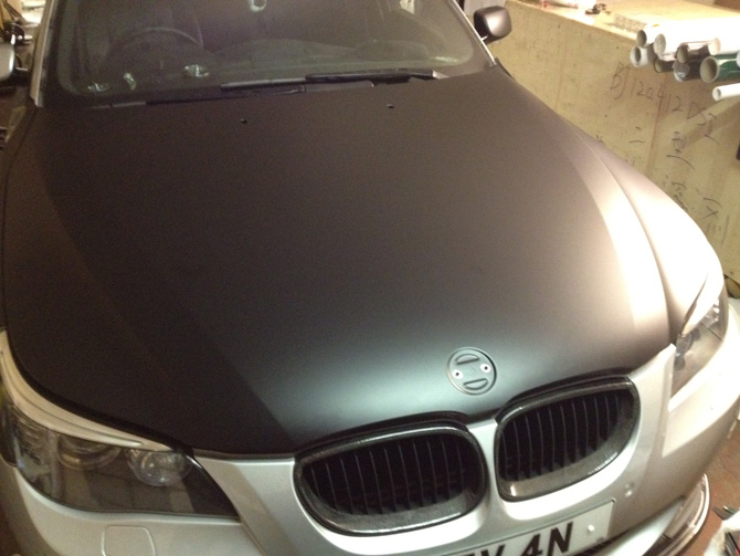 bonnet-matt-black-wrap-bmw