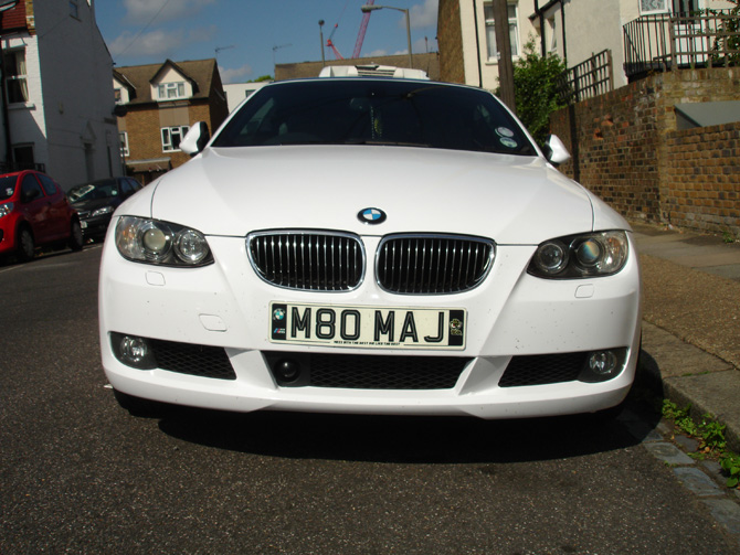 gloss-white-bmw-front-bumper-wrap