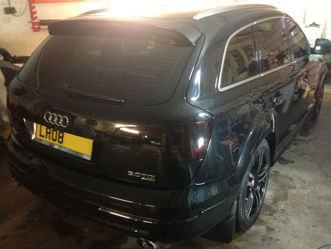 audi q7 black before wrap
