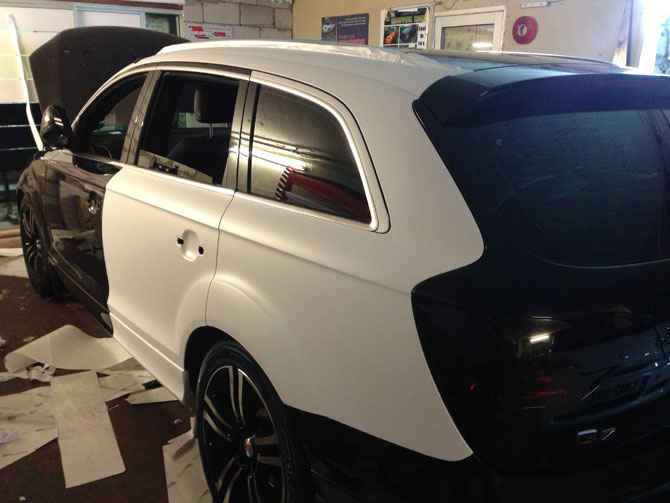 london wrapping audi q7 matte white