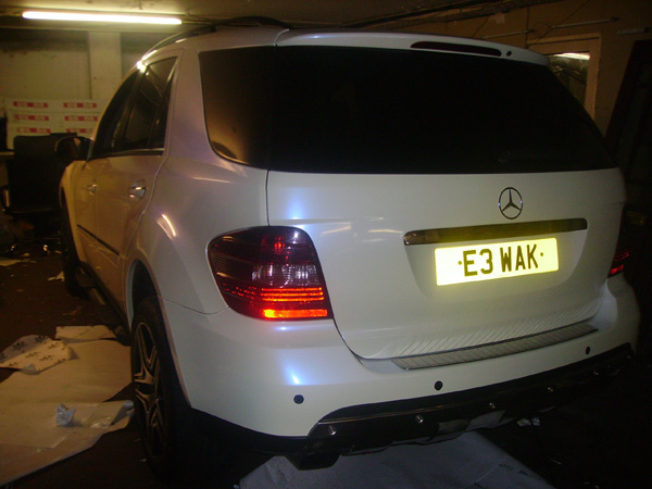 mercedes_ml_pearl_white_wrapping
