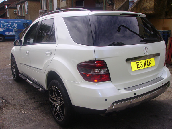 Mercedes vinyl car wraps by wrapping cars london for Mercedes benz white paint