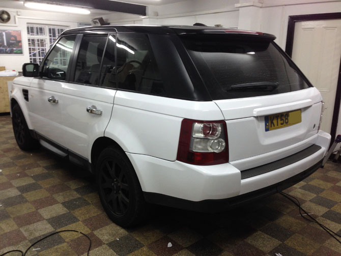 range rover sport wrapped white. Black Bedroom Furniture Sets. Home Design Ideas