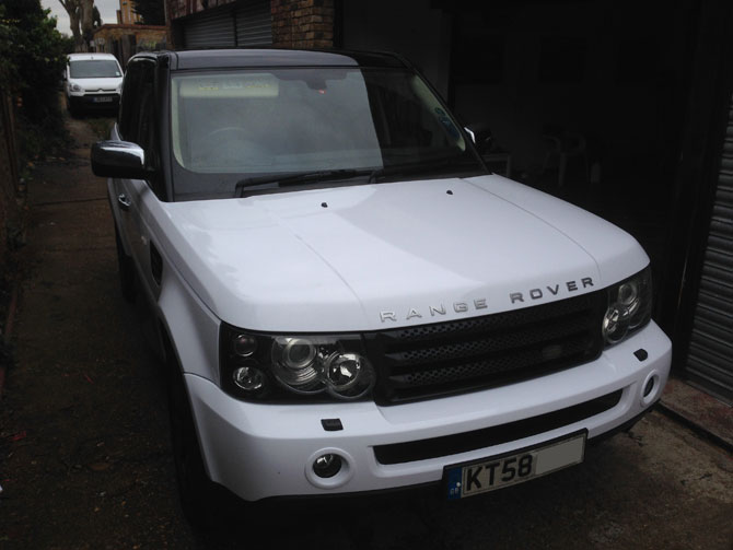 Range Rover Sport Wrapped White